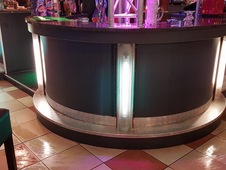 Remise neuf du bar du bowling au megarex haguenau for Choupi et doudou a la piscine