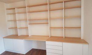 Fabrication et pose d'une bibliothèque / bureau