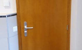 Pose de portes et de cadres de porte